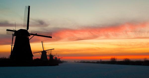 Kinderdijk2 by Roestvorming