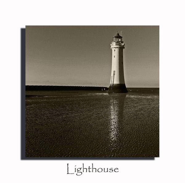 New Brighton lighthouse by imagio