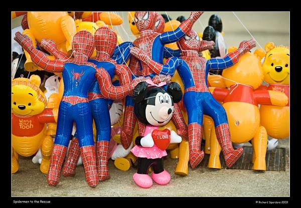 Spidermen save Mini -Mouse by Richsr