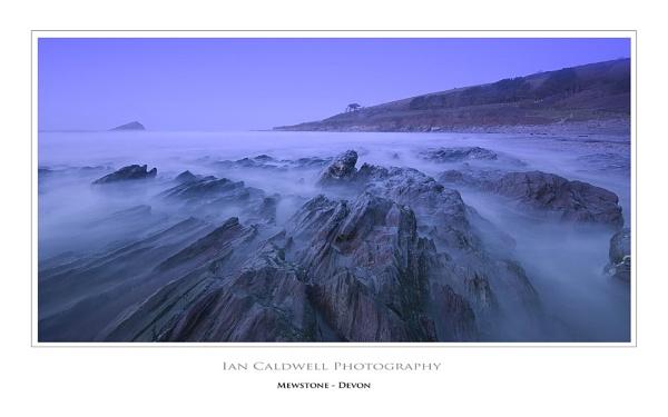 Mewstone by IanCaldwell