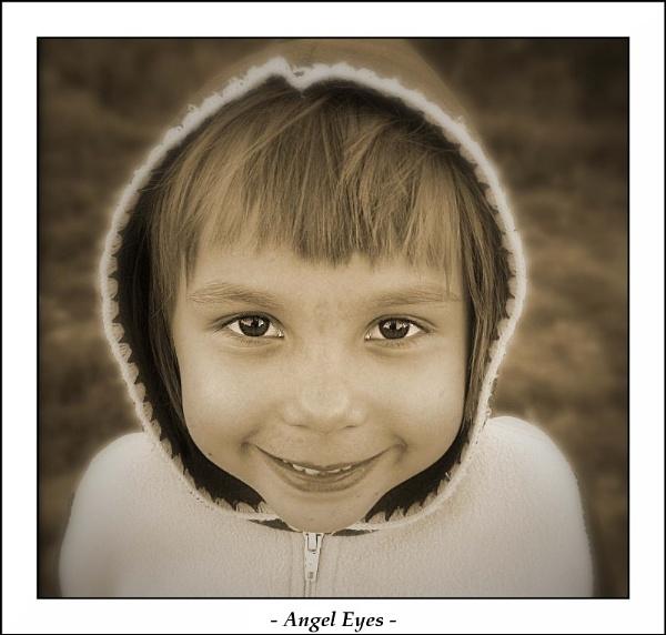 - Angel Eyes - by Borzos