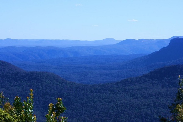 Blue Mountains by x_posure