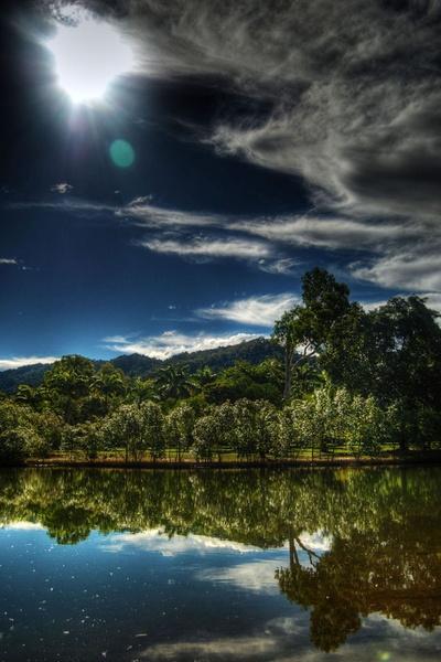 Centenary Lakes by vixxx