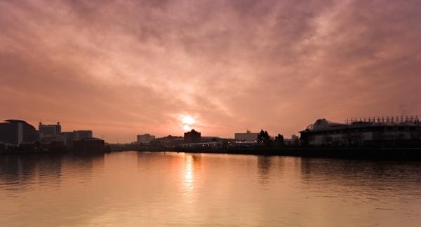 urban dawn by Slaterm
