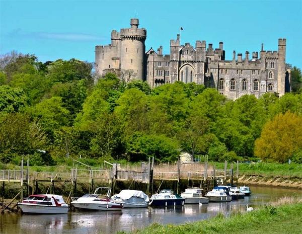 Arundel Castle by Seanf
