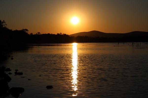 Sunrise by freddos