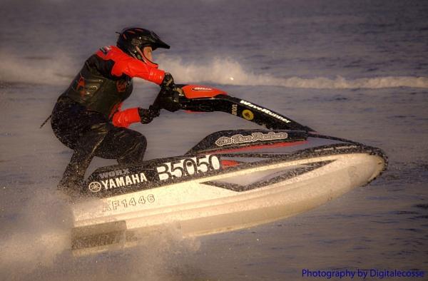 Jet Ski Mayhem by digitalecosse