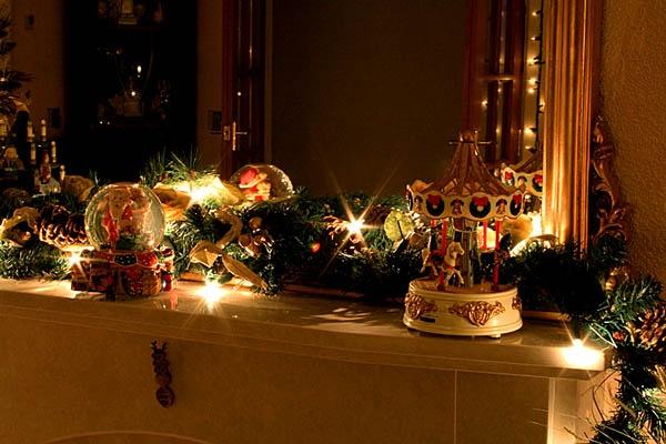 Christmas Decrations by jjmorgan36