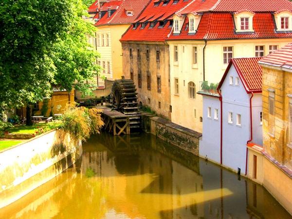 Prague water-wheel by jimmin