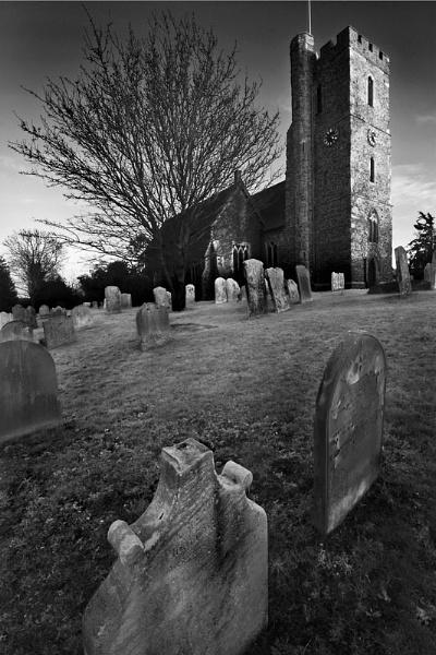 Southfleet Church - North Kent by derekhansen