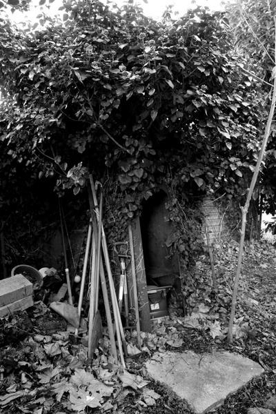 Old Bomb Shelter by zimac