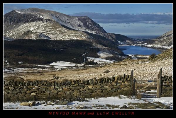 Mynydd Mawr and Llyn Cwellyn by Dotrob