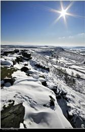 Sun & snow, Curbar Edge