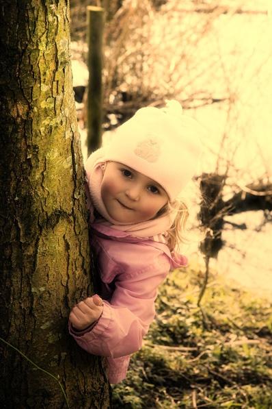 Little Girl by richarddevlin