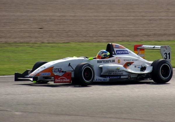 Formula renault 2.0L by motorsportpictures