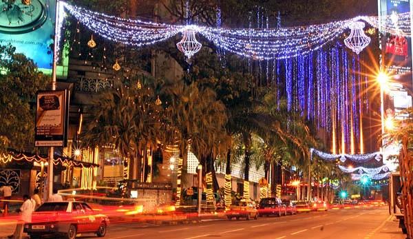 Kuala Lumpur during Hari Raya by danielwaters
