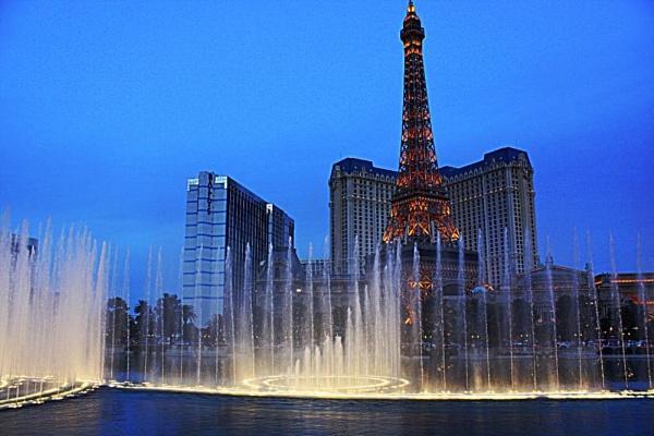 Las Vegas by Daisymaye