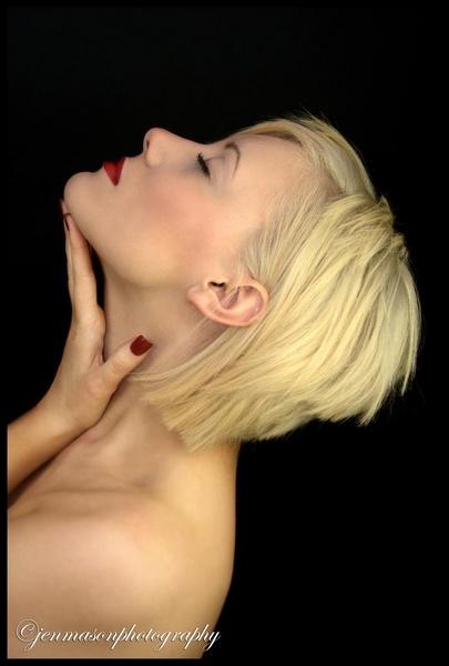 Blondie by jenmasonphty