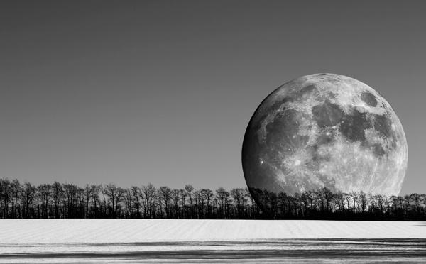 Lunar rising by ali graham