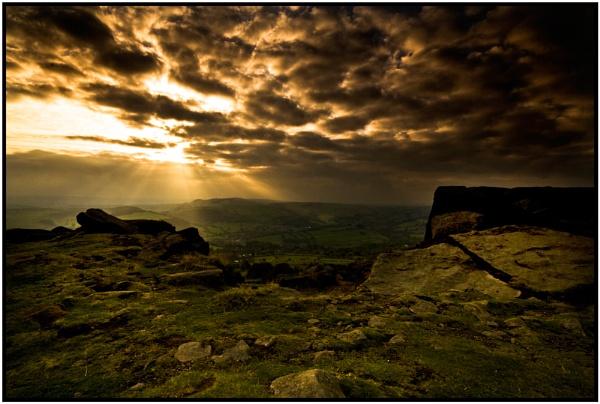Sunset ridge by TrevorPlumbe