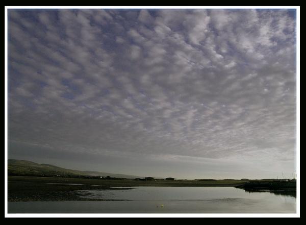 Towards Shell Island, Gwynedd (22.11.2003) by Bowline