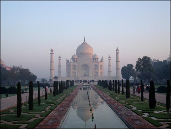 The Taj at Sunrise by Rob_Smith