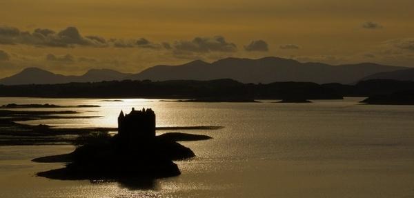 Castle Staker in light tones by abesad