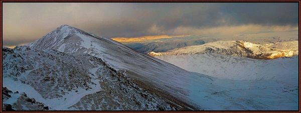 Swirral Edge 2 by rnomis