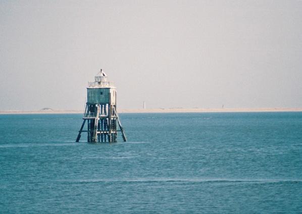 tayport lighthouse by simbo76