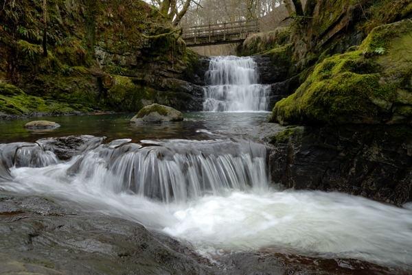 Afon Sychryd by saltema