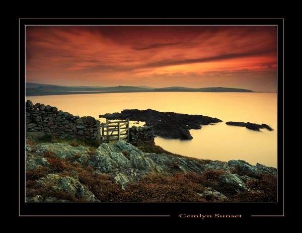Cemlyn Sunset II by Alfoto