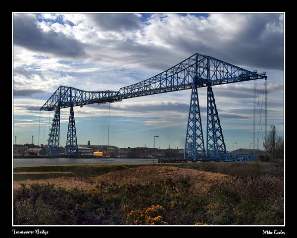 Transporter Bridge by oldgreyheron