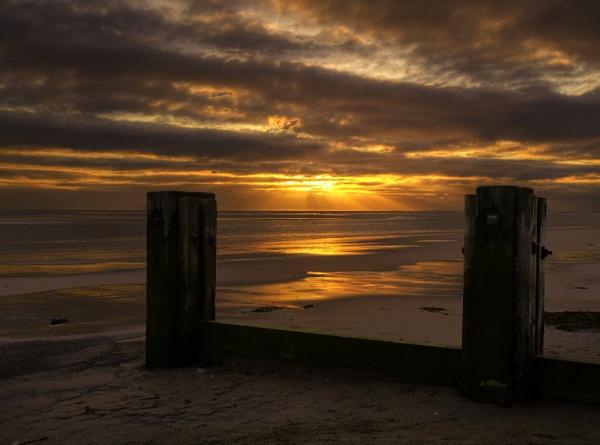 Groyne Sunrise by Hailwood