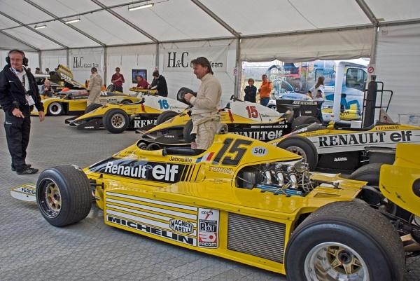 René Arnoux by spikemoz