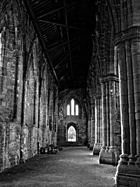 Tintern Abbey.jpg by Roly