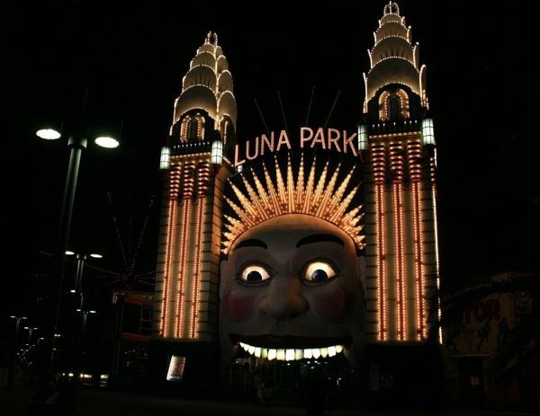 Luna Park by x_posure