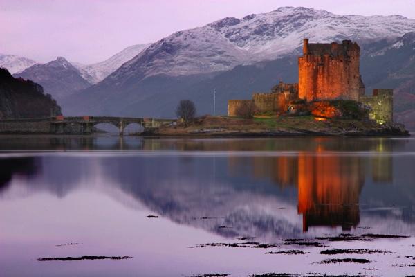 Eileen Donan Castle by wolfy