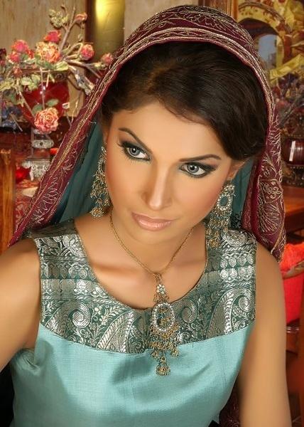 same model by shahbaz