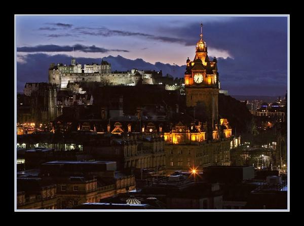 Edinburgh Castle by jamil
