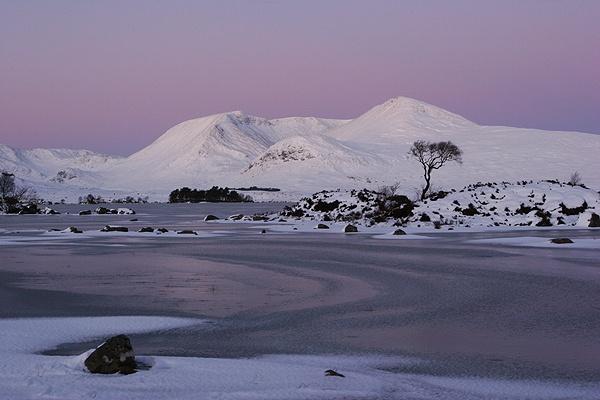 Black Mount by trekpete