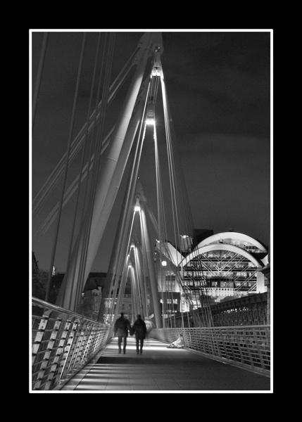 Golden Jubilee Bridge by nickhawk