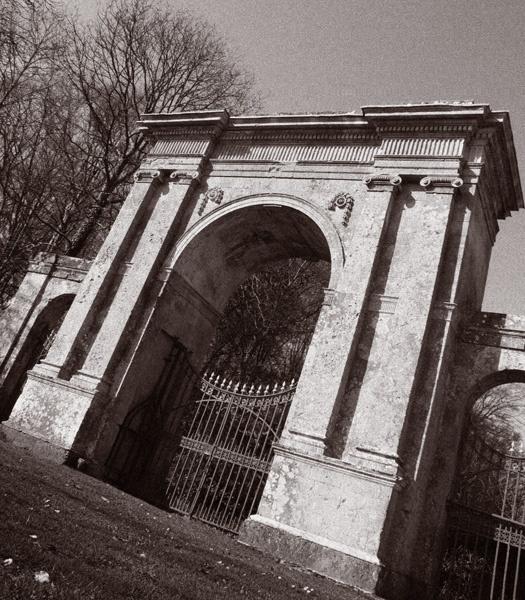 Freemantle Gate by CTee