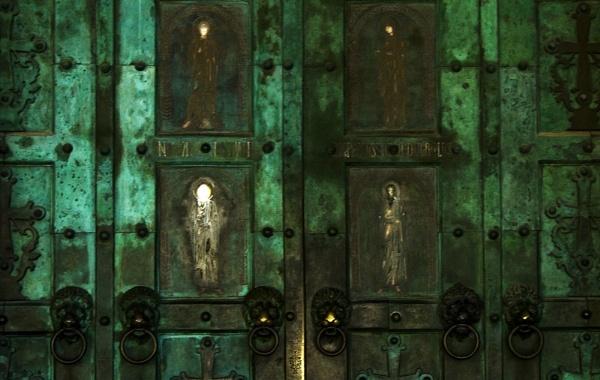 Positano Cathedral Door by AndrewR