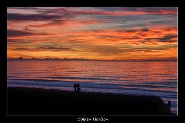Golden Horizon by kay_pink