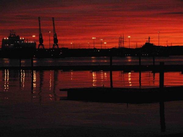 sundown 10 mins later by Nokin of Nonac