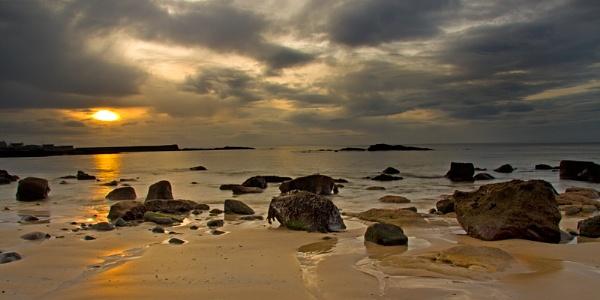 HOPEMAN - BLINK OF SUN IN THE BAY by JASPERIMAGE