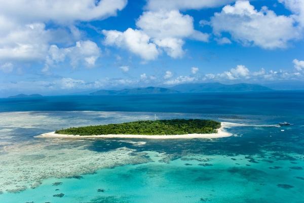 Green Island Great barrier reef Australia by jimmin
