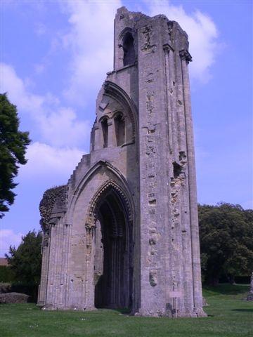 Beautiful ruin by Julesworks