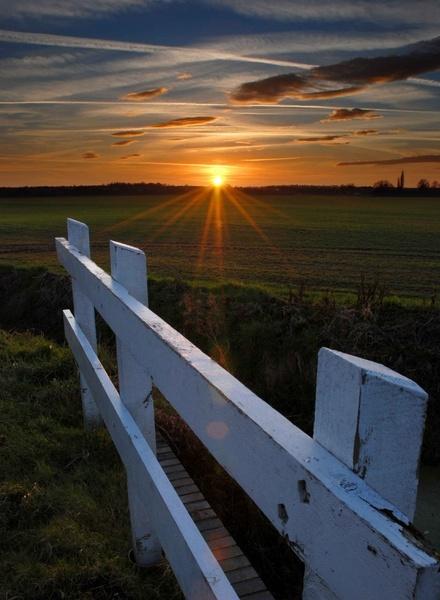 Sunset over Hemingford by JoshCunliffe