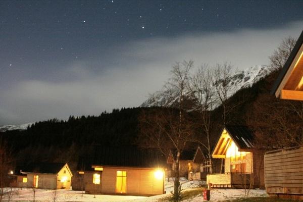 Snow and Starry Night by Jimbotha